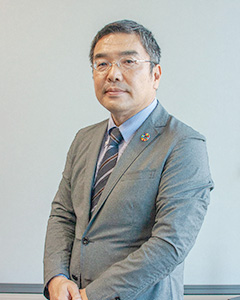 Foil Headquarters Senior Managing Executive Officer Hitoshi Tada